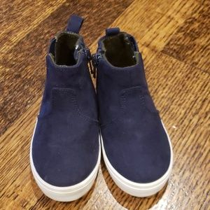 Old Navy Toddler Sneakers
